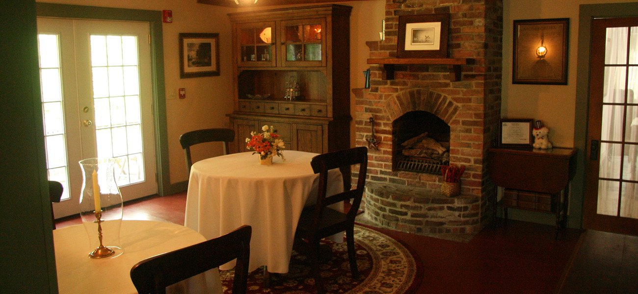1810 house dining room 1810 house bed and breakfast 2