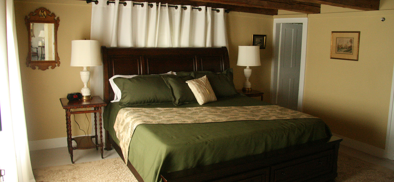 Lake crescent room 1810 house bed and breakfast 2